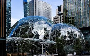Amazon Pulls Items Deemed Offensive to Muslims