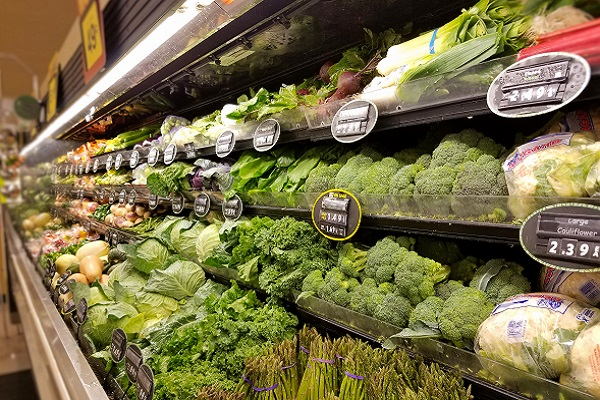 Church Gives $16,500 in Groceries to Furloughed Federal Workers