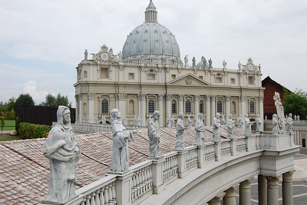 Pope Francis Names Two Navy Chaplains as Military Auxiliary Bishops