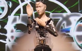 $900,000 Robot Buddhist Deity Delivers Buddha's Teachings in Japan