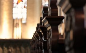Gallup: U.S. Catholics Question Leaving the Church