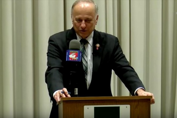 Rep. Steve King Compares Himself to Jesus