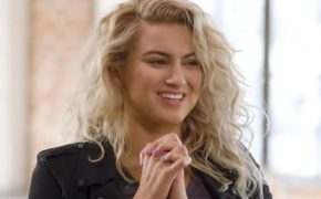 Tori Kelly Leads Kanye West's Sunday Service