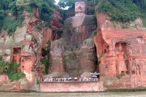 Leshan Buddah photo by Ariel Steiner CC