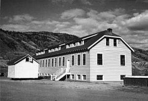 Kamloops_Indian_Residential_School_classroom_1950 Creator Unknown  InconnuCanada.Wikimedia Commons
